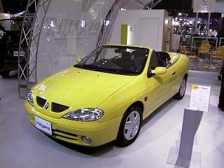 Renault_megane_cab_l