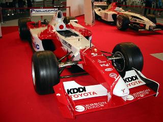Toyota_tf104_l